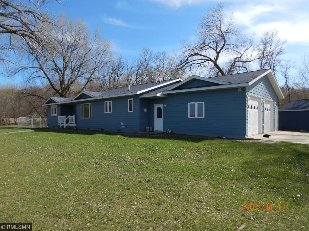 Photo of 325 Lake Shore Dr  Lake Benton  MN