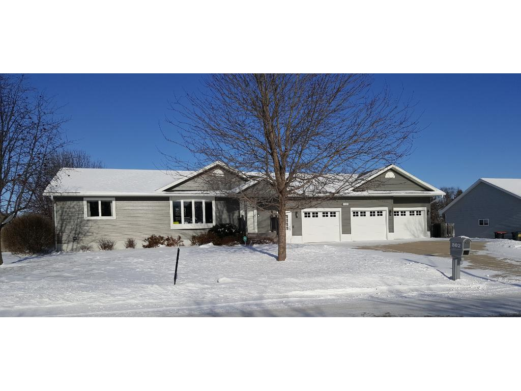 Photo of 802 10th Street S  Sauk Centre  MN