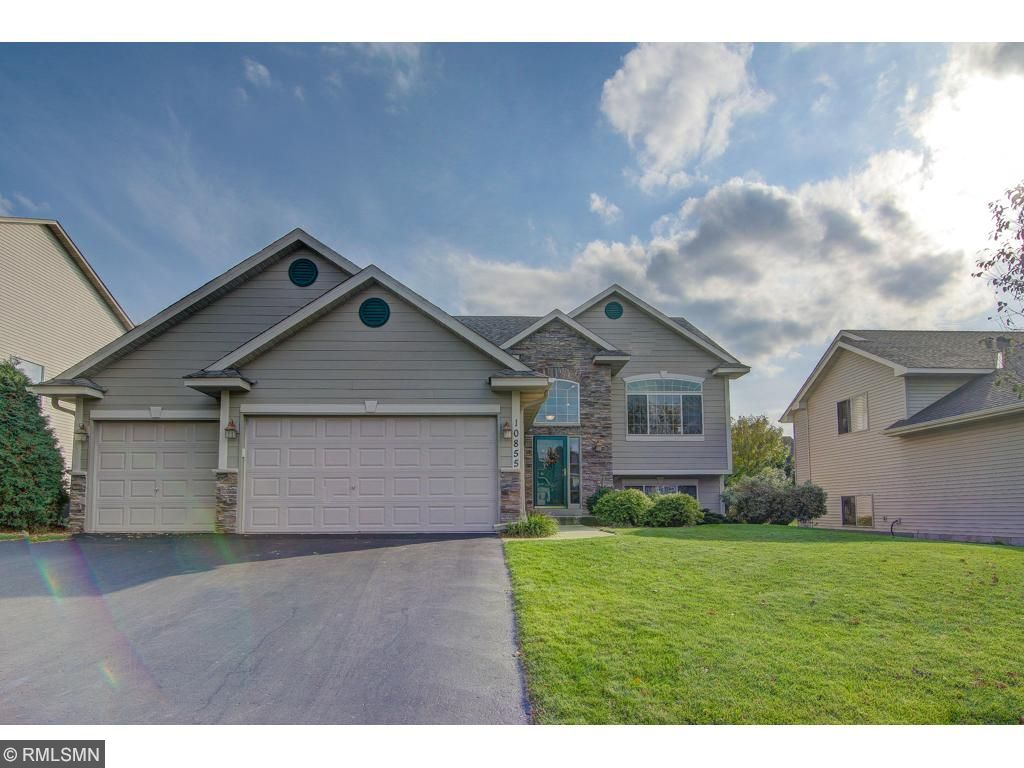 Photo of 10855 Sailor Way  Woodbury  MN