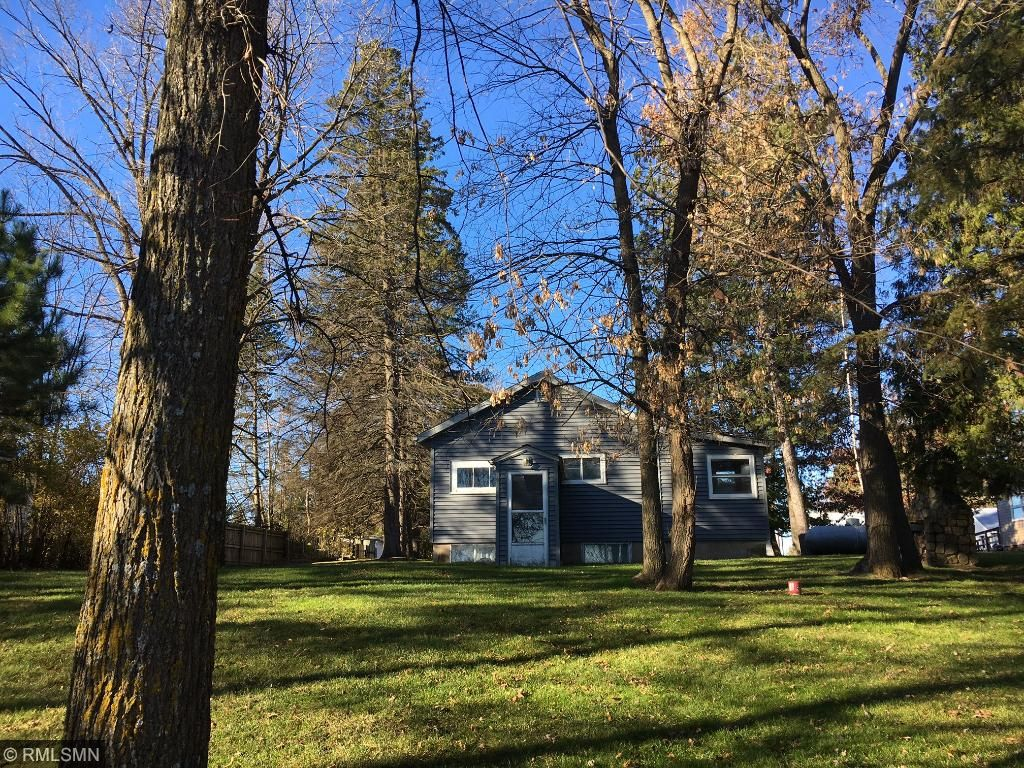 Photo of 30488 W Shore Drive  Lone Pine Twp  MN