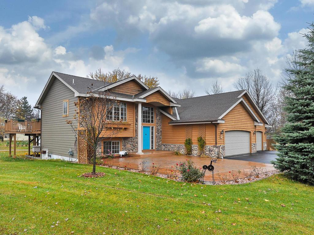 Photo of 320 Big Woods Lane  Annandale  MN