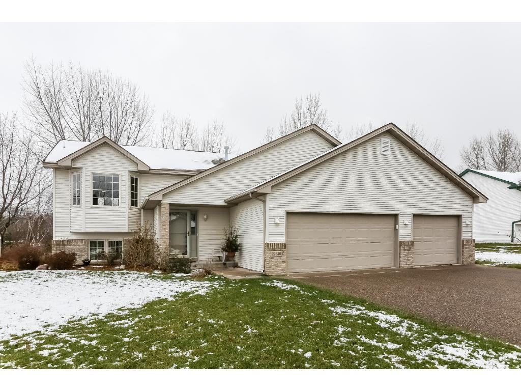 29540 Nathan Ave, Lindstrom, MN 55045