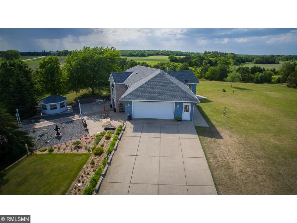 Photo of 9850 108th Street NW  Annandale  MN