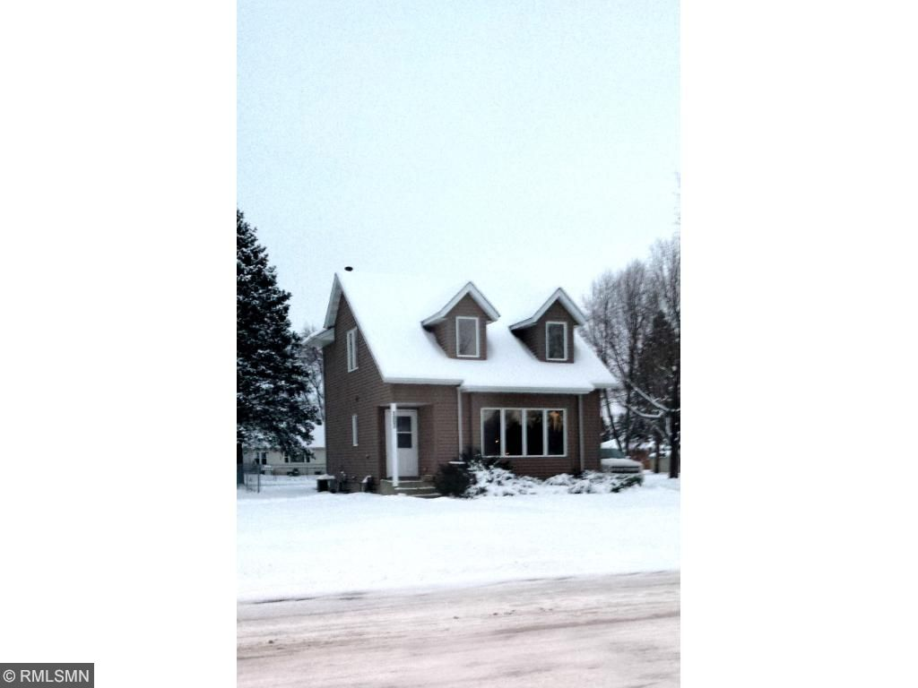 Photo of 1007 6th Street  Farmington  MN