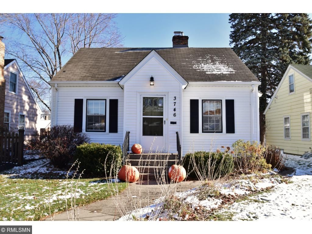 Photo of 3746 Noble Avenue N  Robbinsdale  MN