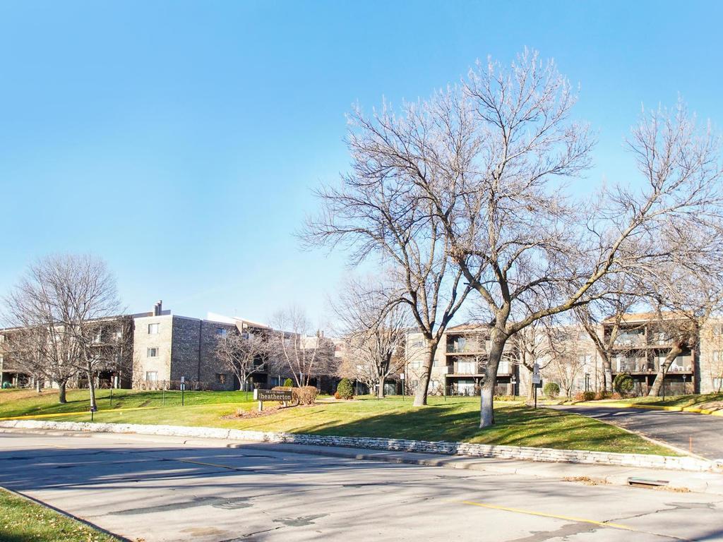 Photo of 4120 Parklawn Avenue  Edina  MN