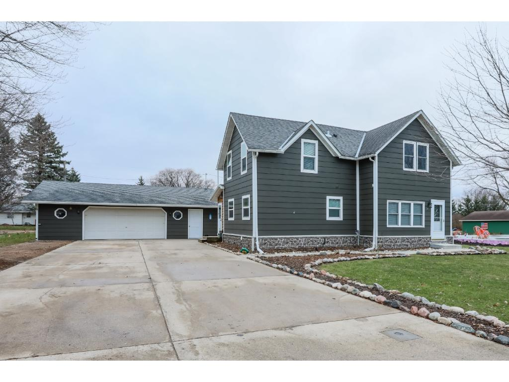 Photo of 321 S Willow Street  Belle Plaine  MN
