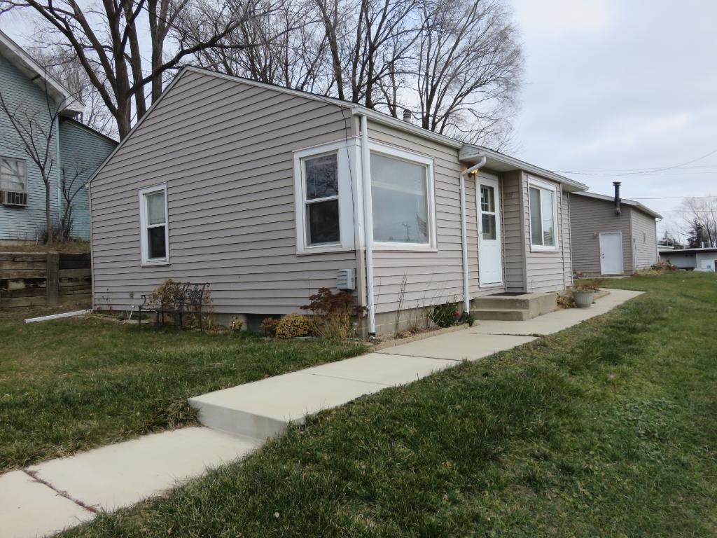 Photo of 107 2nd Street NW  Montgomery  MN