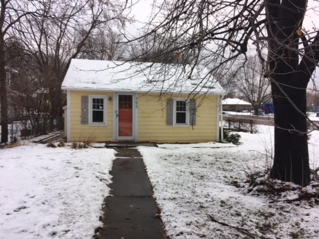 753 8th Ave S, Hopkins, MN 55343
