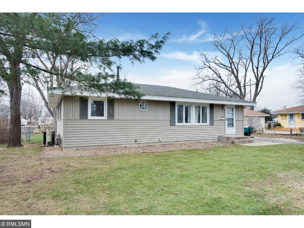 New Listings property for sale at 9214 Columbus Avenue S, Bloomington Minnesota 55420