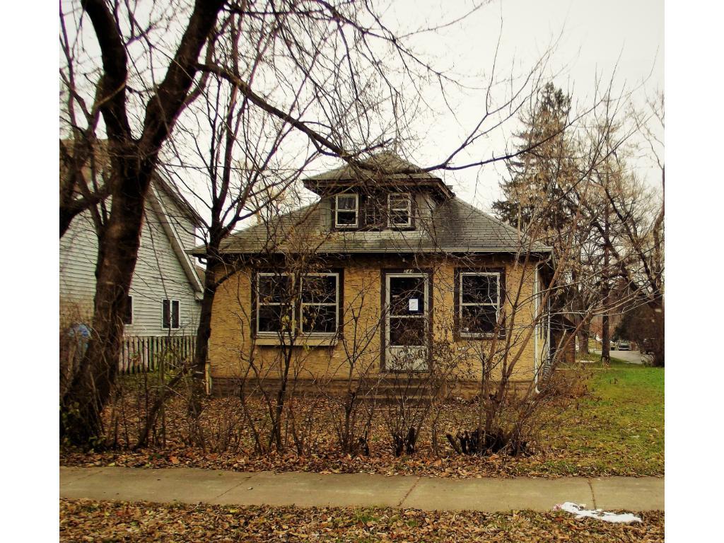 244 17th Ave N, Hopkins, MN 55343