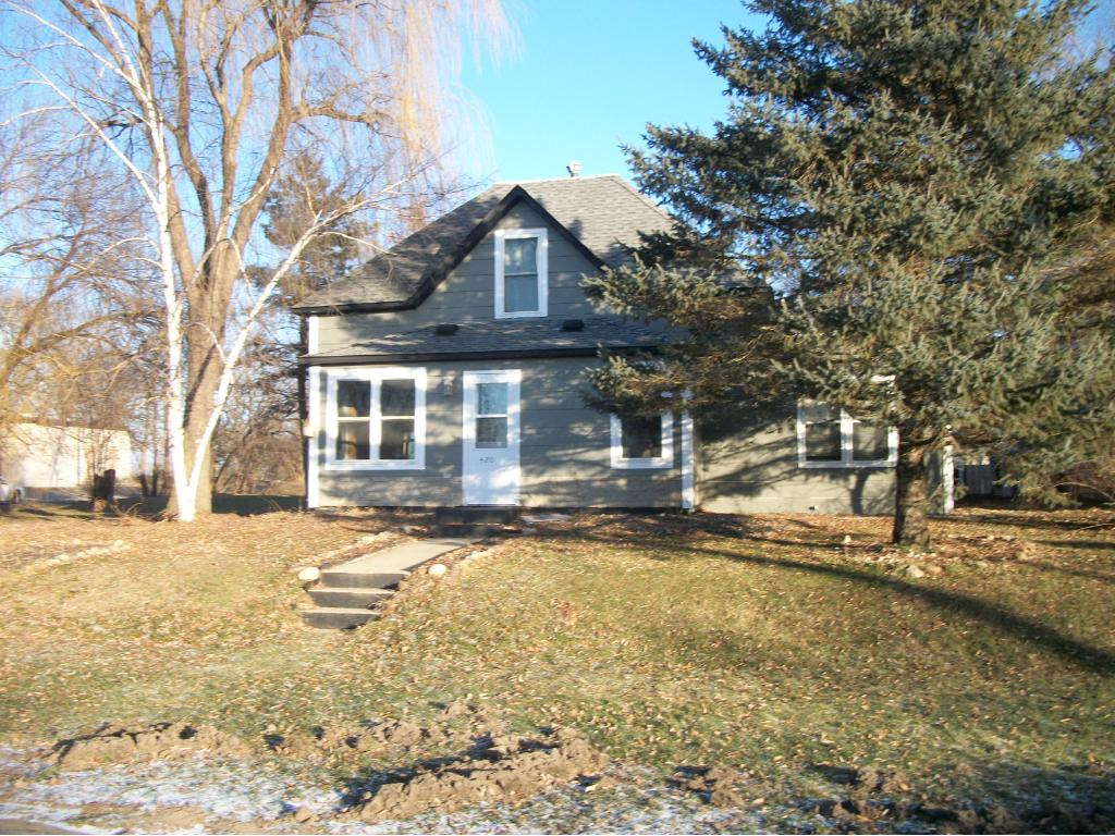 Photo of 420 Lincoln Avenue  South Haven  MN
