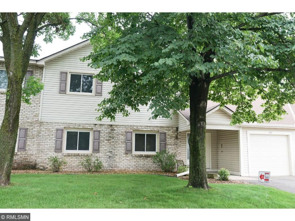 Photo of 999 Greenhaven Drive  Vadnais Heights  MN