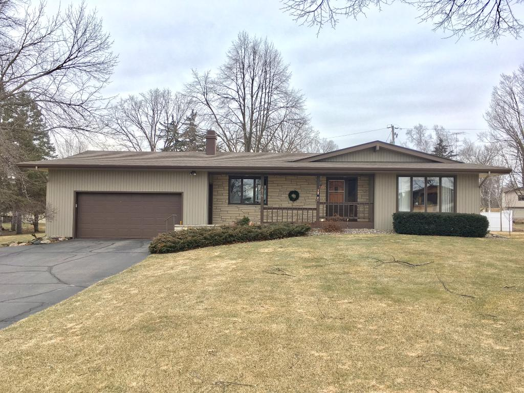 Photo of 1016 Romeo Way  Avon  MN