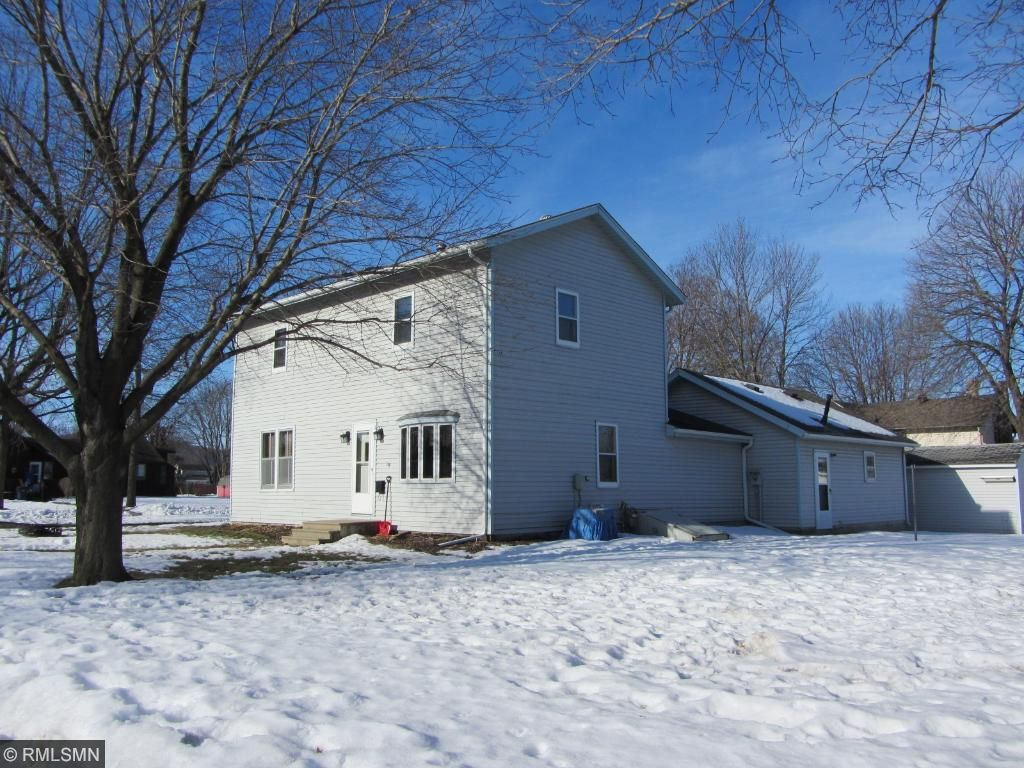 Photo of 802 N Garden Street  Lake City  MN