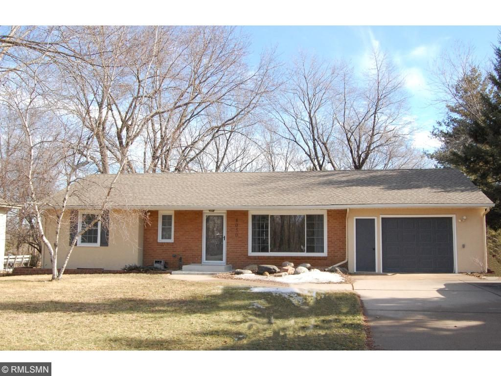Photo of 4050 Victoria Street N  Shoreview  MN