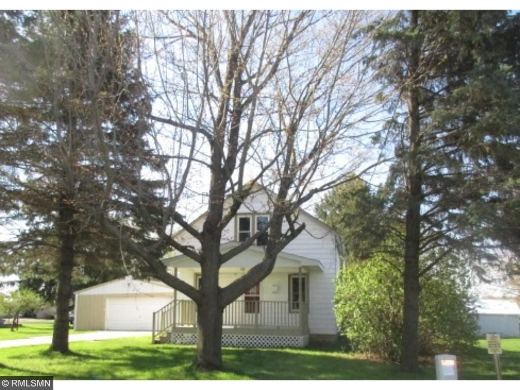 Photo of 451 E Pleasant Avenue  Ellsworth  WI