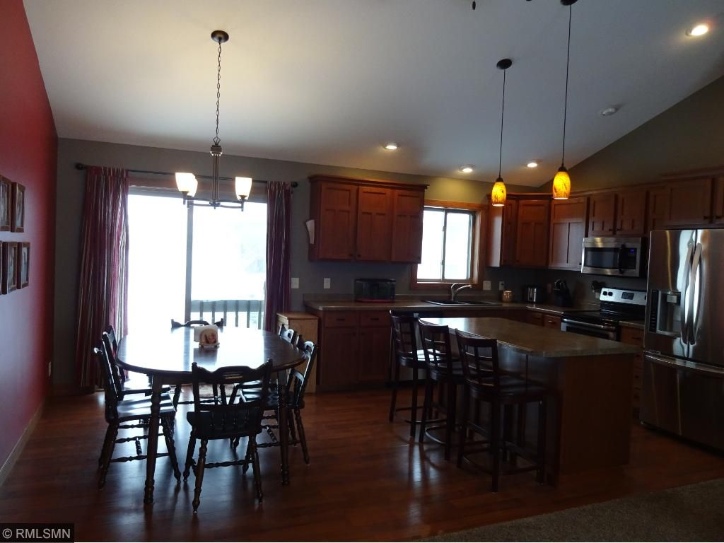 1855 Cypress Trl, New Richmond, WI 54017