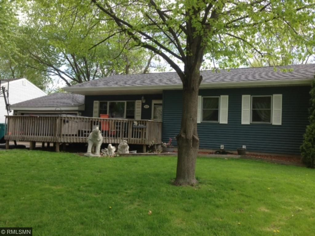 Photo of 812 9th St NE  Waseca  MN