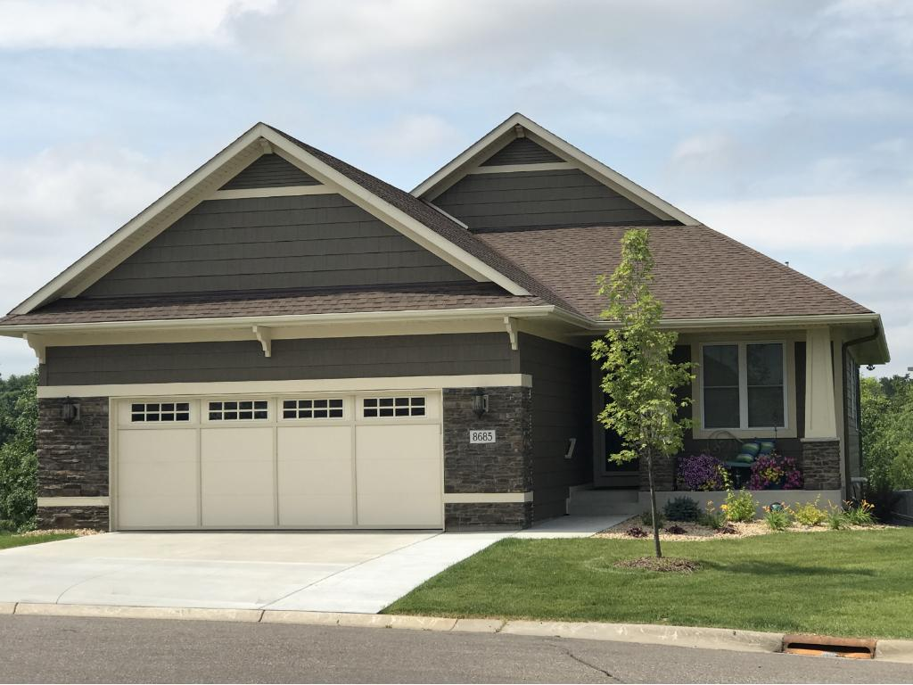 8657 Collin Way Inver Grove Heights, MN 55077