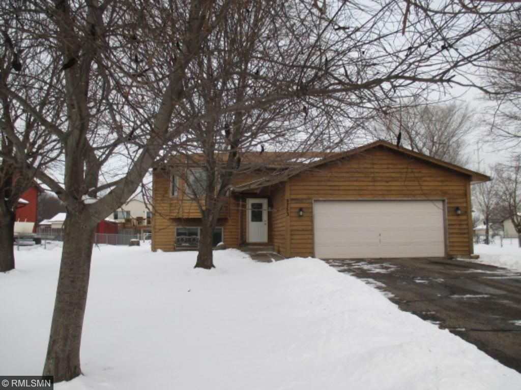 Photo of 9753 Russell Circle N  Brooklyn Park  MN