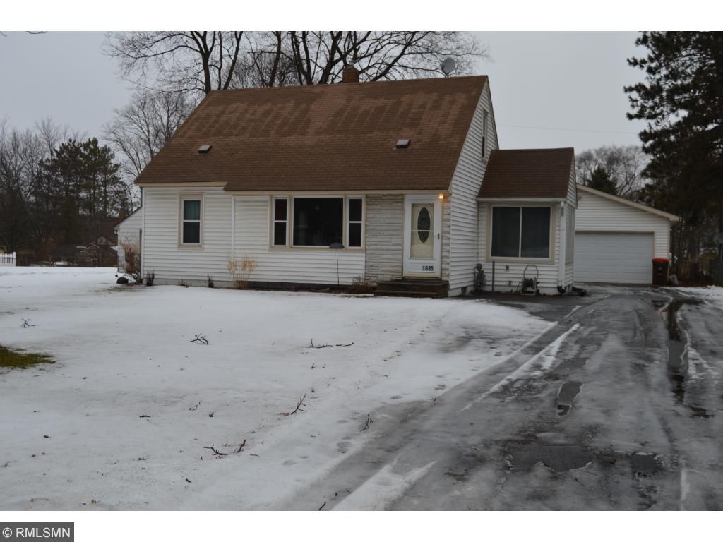 Photo of 1685 E Laurie Road  Maplewood  MN