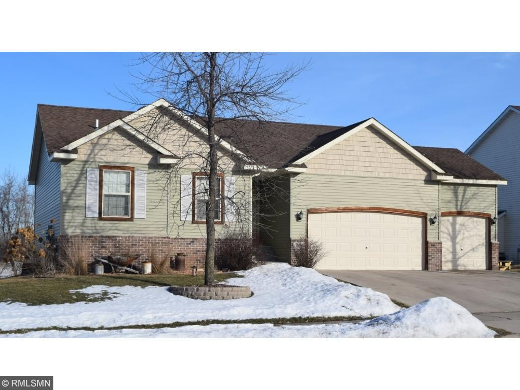 Photo of 736 Brook Circle E  Montrose  MN