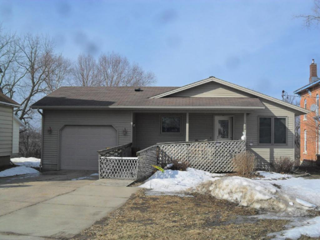 Photo of 512 N 4th Street  Le Sueur  MN