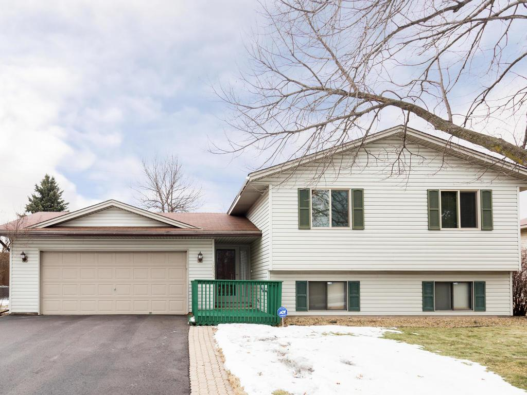 Photo of 10955 97th Place N  Maple Grove  MN