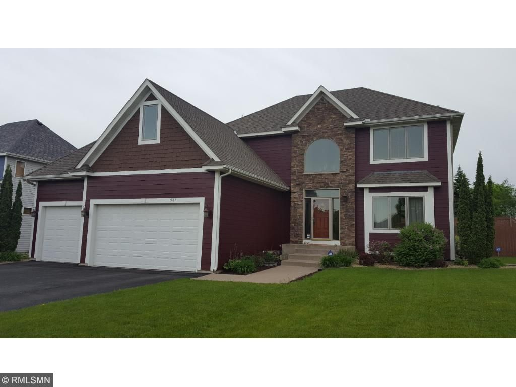 Photo of 987 Parkview Lane  Victoria  MN