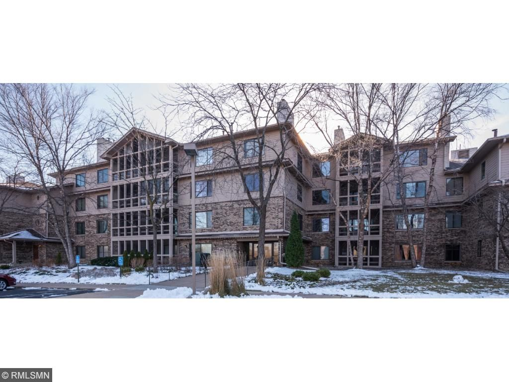 Townhome property for sale at 3801 W 98th Street 208, Bloomington Minnesota 55431
