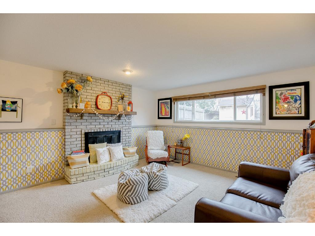 Photo of 4735 Victoria Street N  Shoreview  MN