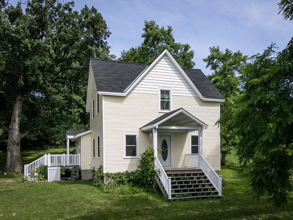 Photo of 31562 Scenic Byway Road  Henderson  MN