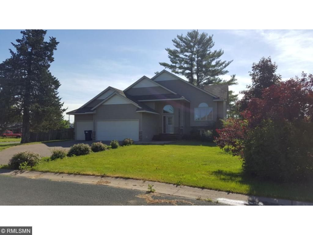 Photo of 10579 Spruce Street  Chisago City  MN
