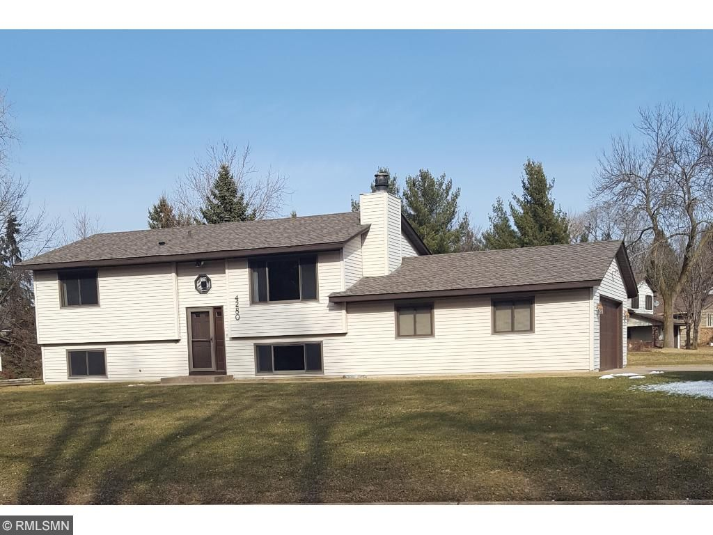 Photo of 4280 Victoria Street N  Shoreview  MN