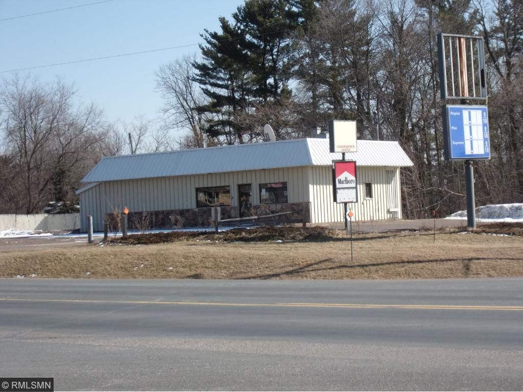 426 US Highway 63, Clear Lake, WI 54005