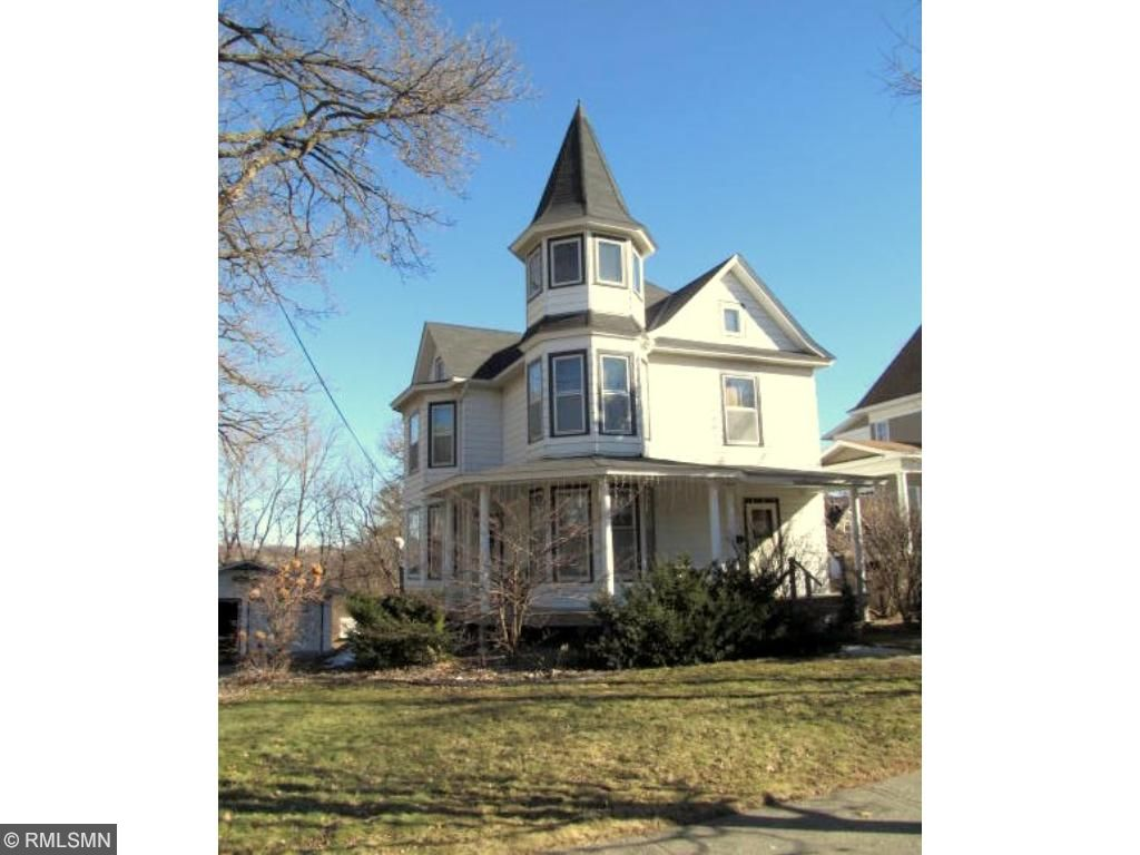 15 2nd Ave Sw, Faribault, MN 55021