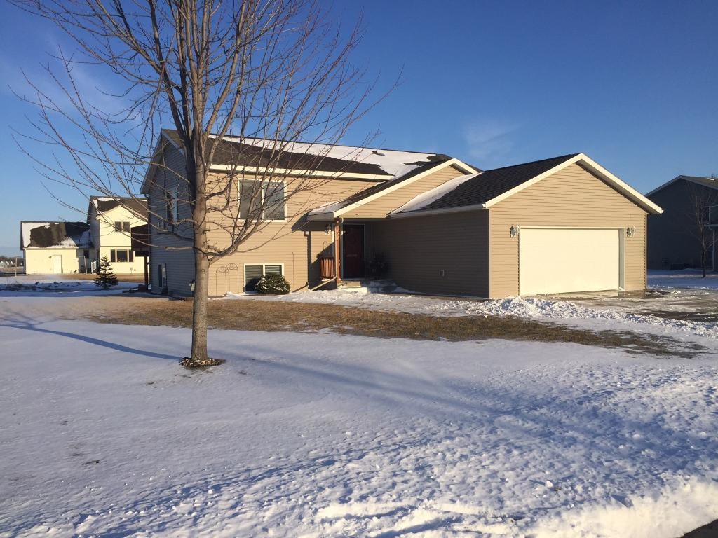 Photo of 722 4th Avenue NW  Melrose  MN