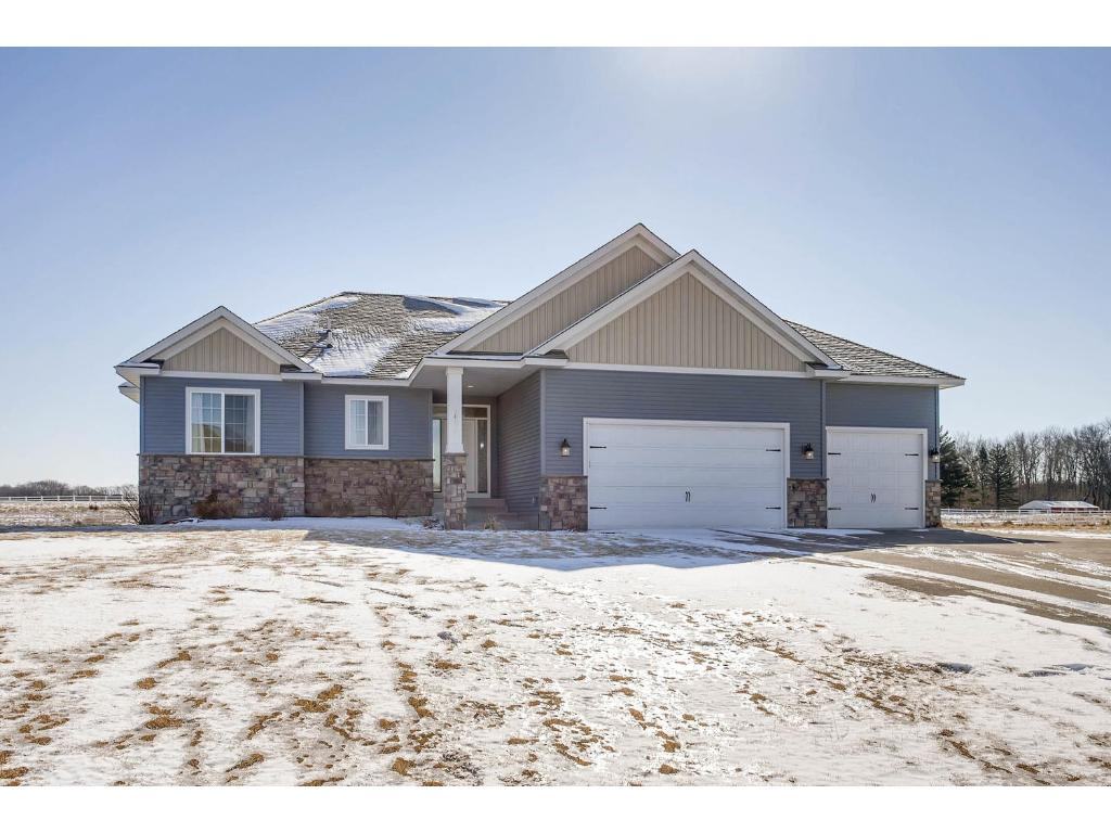 24281 Holm Oak Ave N, Forest Lake, MN 55025
