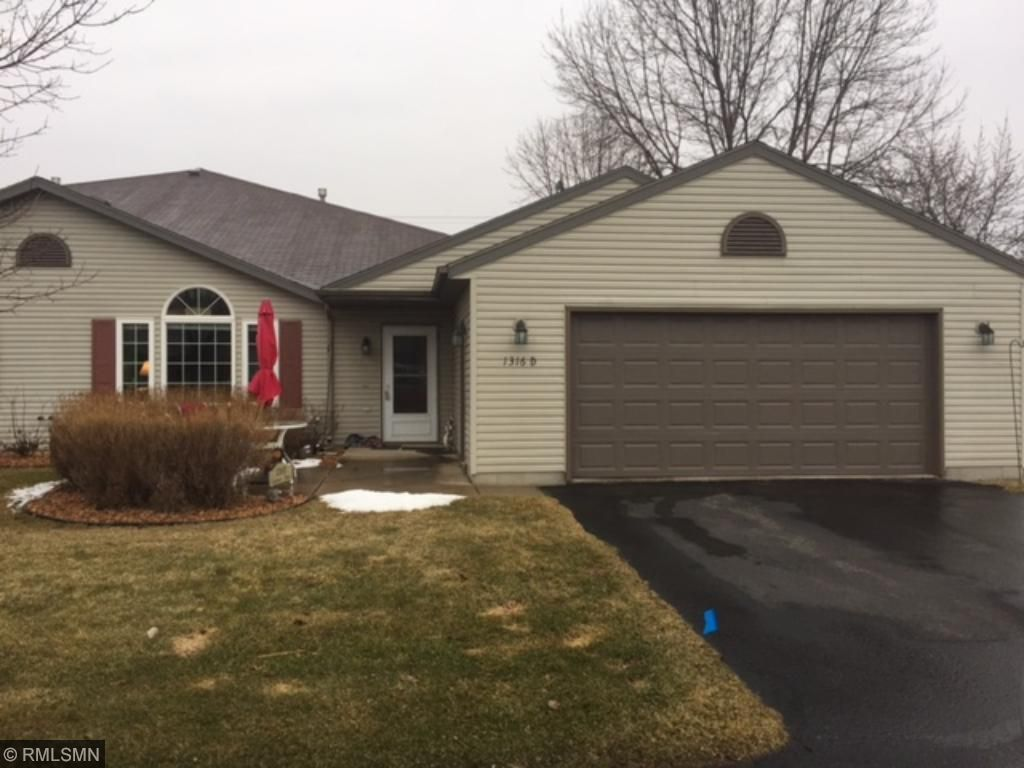 Photo of 1316 Carriage Drive  Hudson  WI