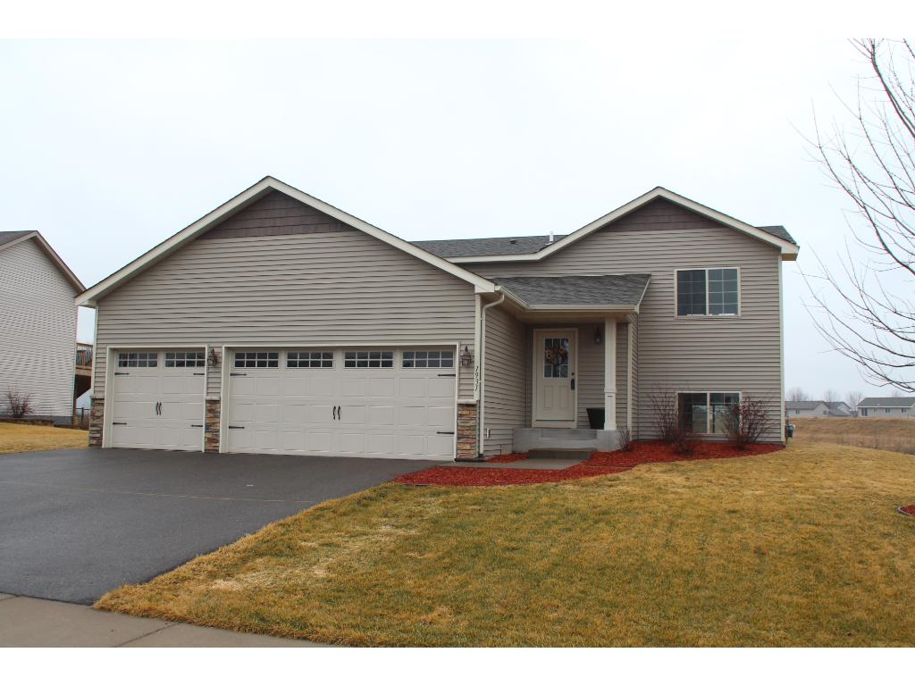 1931 Independence St S, Cambridge, MN 55008