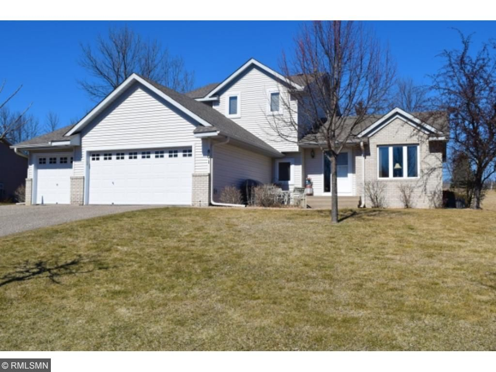 Photo of 801 Dutchmans Way SE  Watertown  MN