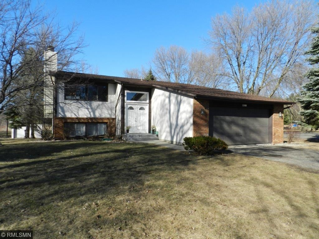 Photo of 825 County Road F W  Shoreview  MN