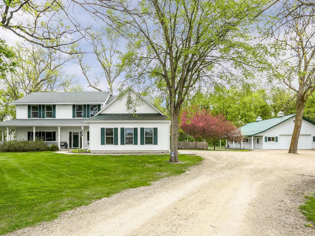 Photo of 8258 County Road 8 SW  Waverly  MN