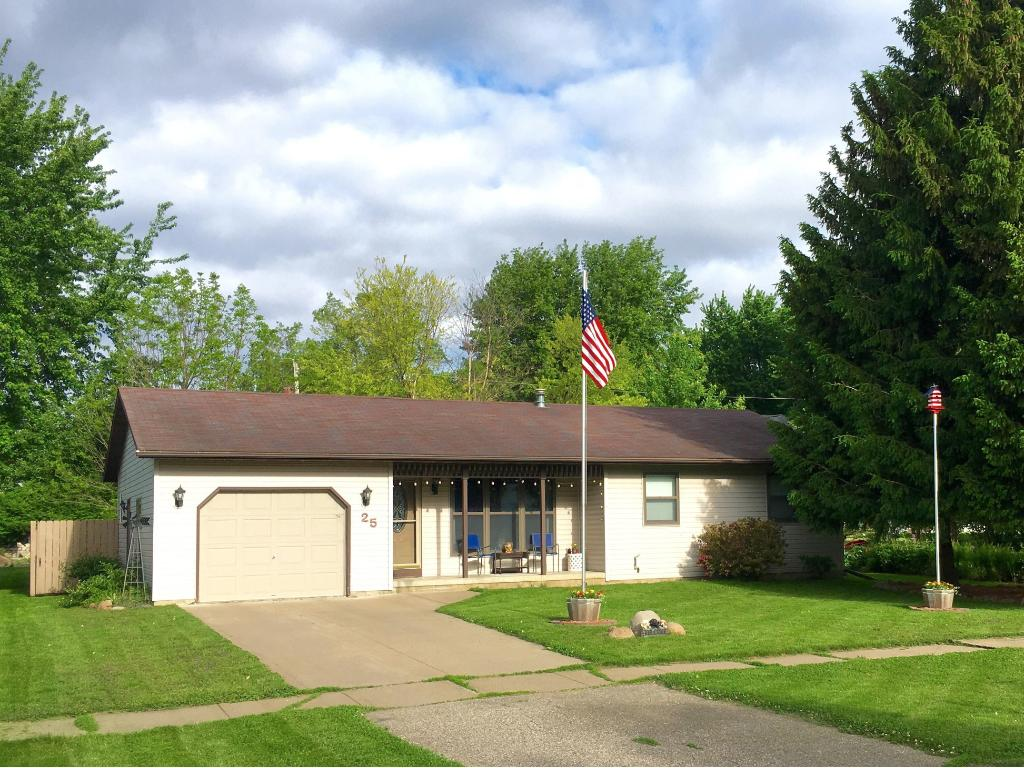 Photo of 25 1st Avenue NW  Elgin  MN