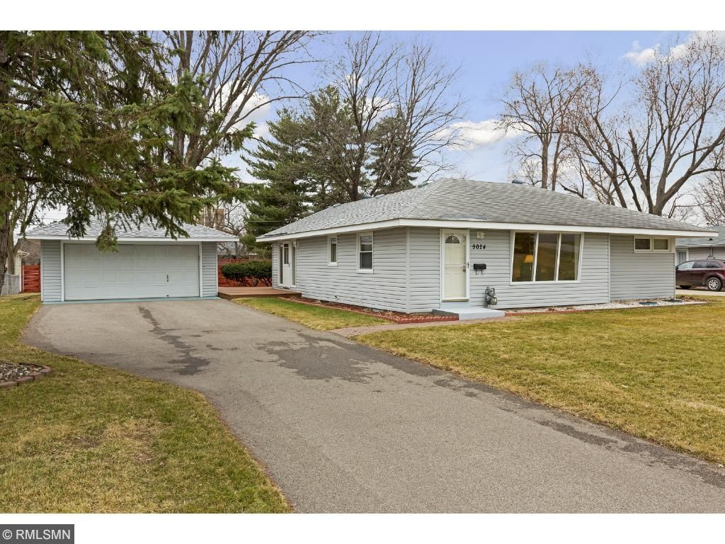 Photo of 9024 11th Avenue S  Bloomington  MN