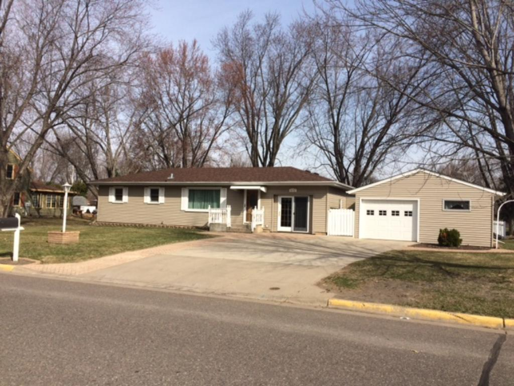 Photo of 610 5th Avenue NW  Cambridge  MN