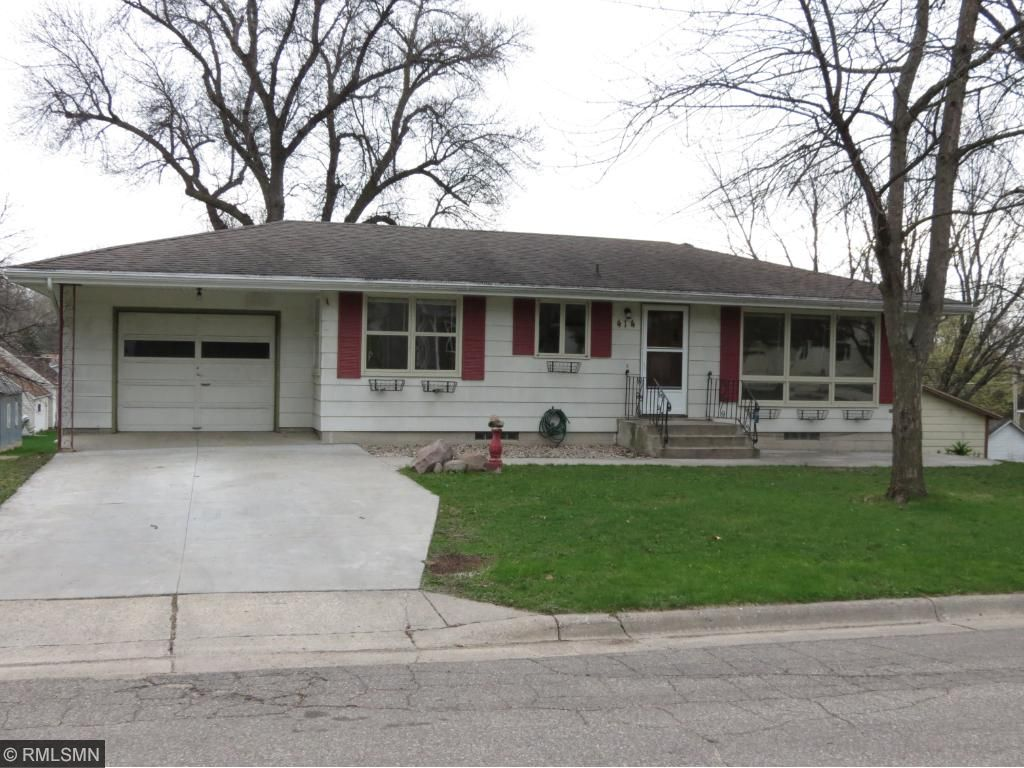 Photo of 414 2nd Avenue SW  Lonsdale  MN