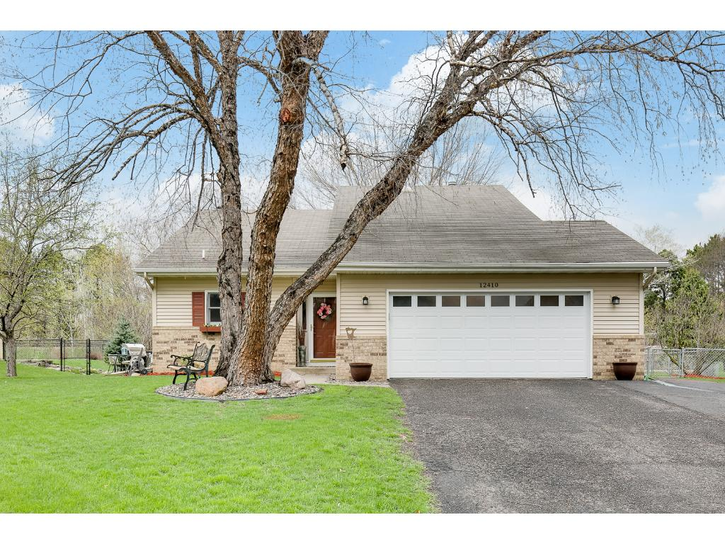Photo of 12410 52nd Avenue N  Plymouth  MN