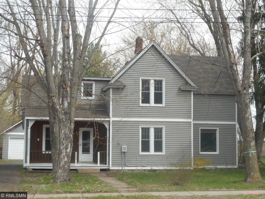 Photo of 253 N 4th Street  New Richmond  WI